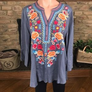 Gorgeous Custom Embroidered Tunic In Silver Blue